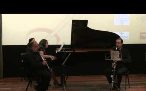Trio Schumann para clarinete, cor de basset e piano por Victor Pereira cor de basset, António Saiote Clarinete e Elsa Silva no Piano